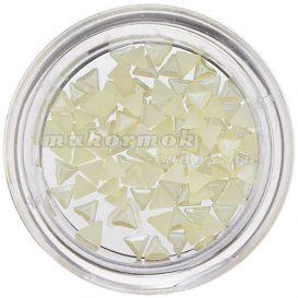Triunghiuri perlate, galben deschis, pentru decorarea unghiilor